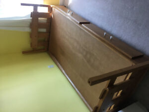 Solid wood twin beds/ bunk bed