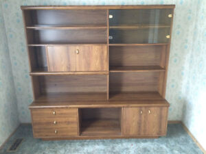 Wall Units | Buy or Sell Bookcases & Shelves in Kitchener / Waterloo ...
