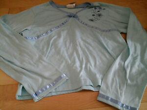 Long sleeve pyjama top size M-L for girls