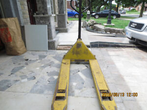 Yale Hand Pallet Trucks for sale