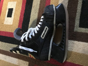 Bauer supreme 3000 adult size 6