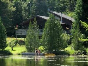 Morin Heights beautiful SKI chalet lakefront