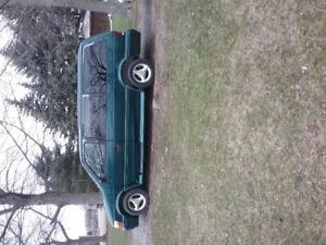 1995 Dodge Caravan ES