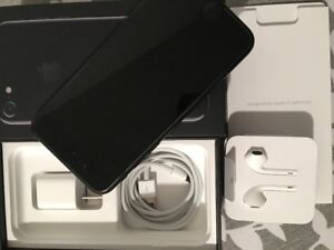 IPhone 7 128 GB Jet Black in mint condition with warranty