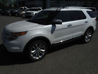 2012 Ford Explorer Limited SUV, DVD Headrests for the kids!