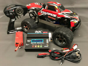Brushless 1/10 Scale 4WD Stampede, LiPo battery and charger