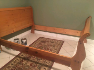 Queen size Pine Wood Sleigh Bed Frame
