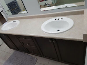 Used Kitchen and bathroom counter top with sinks for sale