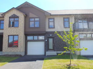 Beautiful New Townhouse - 3 Bed - 2.5 Bath - Available Now