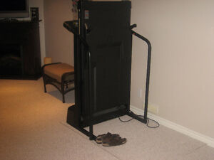 PRO FORM TREADMILL Kitchener / Waterloo Kitchener Area image 4