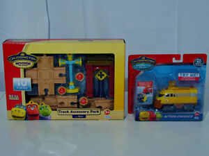 Chuggington Wooden Railway Track Accessory Pack & Action Chugger
