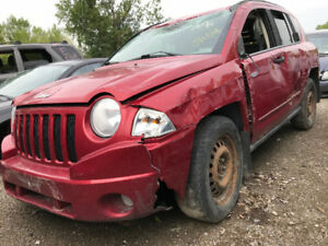 2008 Jeep Compass ** FOR PARTS ** INSIDE & OUTSIDE **