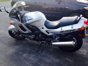 Kawasaki zzr 600 2004