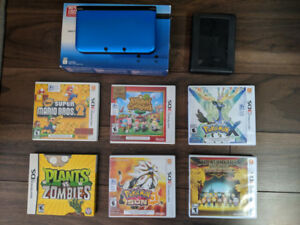 Great condition Nintendo 3DS XL. Come with original package