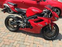 2009 Triumph Daytona 675 Red - LOW Km's 5,099 km - Reduced Price