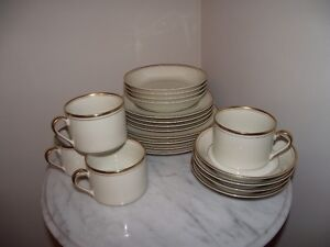 Discontinued Fitz and Floyd luncheon set