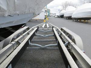 Recherche remorque tandem pour bateau