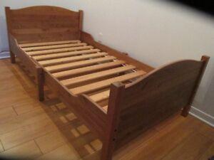 Set/ mobilier de chambre pour enfant