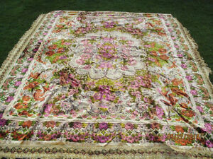 Vintage Cut velour Coverlet - circa 1940's Italy - great Gift London Ontario image 3