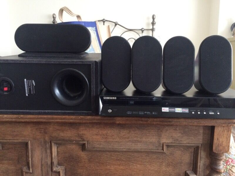 sold samsung ht x30 dvd home cinema system in westcliff on sea essex gumtree. Black Bedroom Furniture Sets. Home Design Ideas