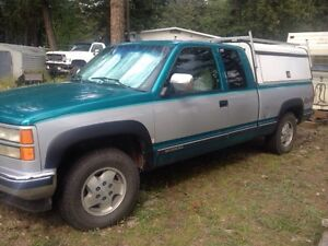 1994 Chevy 1/2 ton 4X4 with ARE canopy