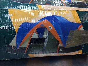 Tente 6 places ESCORT   #F022953