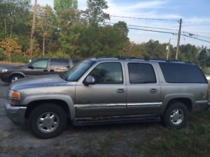 02 yukon slt ext 4x4  as is