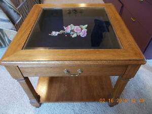 Buy or sell coffee tables in kamloops furniture kijiji for Coffee tables 16 inches high
