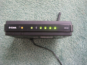 WiFi Router D-Link DIR-601 w. Adapter and Stand - USED West Island Greater Montréal image 1