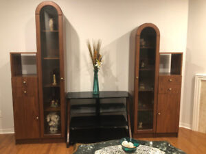 Entertainment unit and TV table