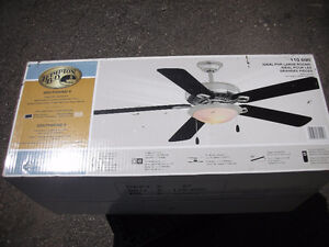 "**NEW** Hampton Bay 52"" Ceiling Fan"