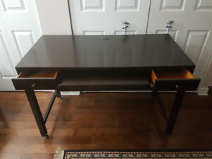 Bureau de Qualité / Good Quality Wooden Desk
