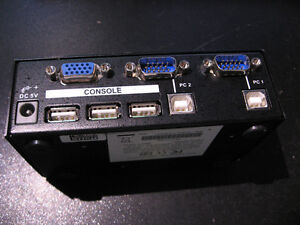 Starview 2 Port USB Keyboard Mouse Monitor Switch KVM SV231USB West Island Greater Montréal image 3