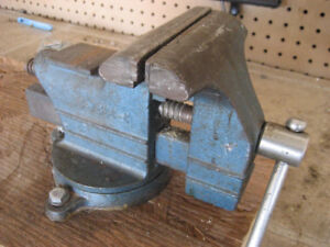 VICE and LIGHT great for a WORKBENCH or TABLE