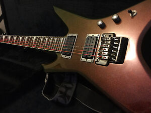 Ibanex XPT700 - Line 6 Floor Pod - 2 patch chords - 25w amp