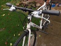 Land Rover Aero road bike (Size 58)