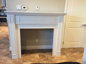 Fireplace surround/mantle