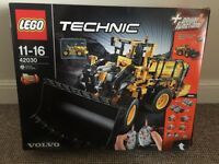 Lego Technic Volvo Front-Loader