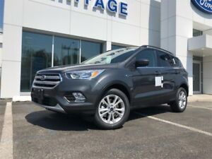 2018 Ford Escape SEREVERSE SENSING SYSTEM ! 4WD !  FORD SAME AND