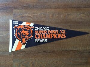 Chicago Bears vintage pennant