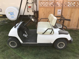 1999 Gas Powered Yamaha Golf Cart