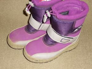 Girl's The North Face 2 Tone Purple Winter Boots Size 13