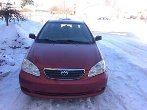 Toyota Corolla avec pneus d'hivers neufs et cruse control
