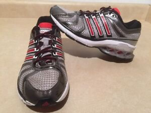 Women's Adidas Boost Running Shoes Size 6