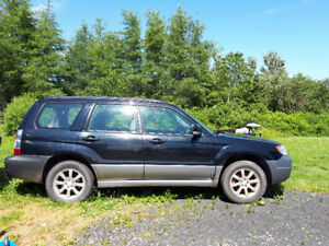 Subaru Forester 2007 for repair or parts
