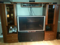 50 inch Hitachi Projection TV with TV/Wall Unit