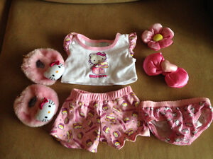 Build a Bear authentic clothing  - Various sets London Ontario image 2