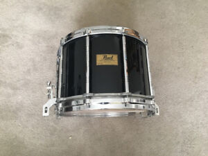 Pearl 14x8 maple snare (1986) free floating