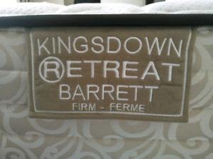Kingsdown Queen Mattress + Box spring + Frame
