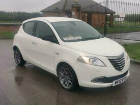 Chrysler Ypsilon 0.9 TwinAir Limited TOP OF RANGE LEATHER EVEN PARKS ITS SELF!